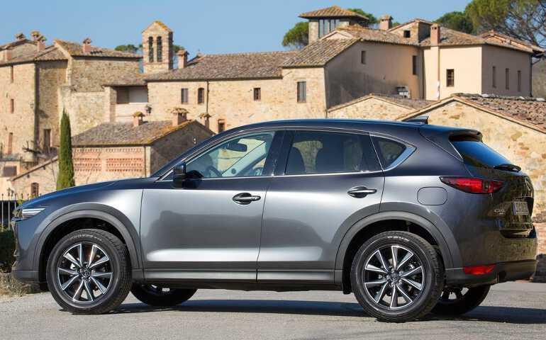 Mazda CX-5 - серый цвет кузова