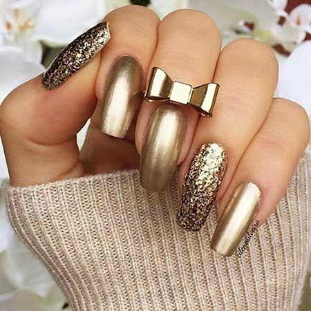 золотой лак с блестками